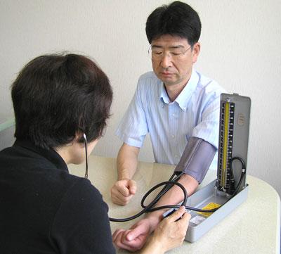 血圧 計 の 測り 方